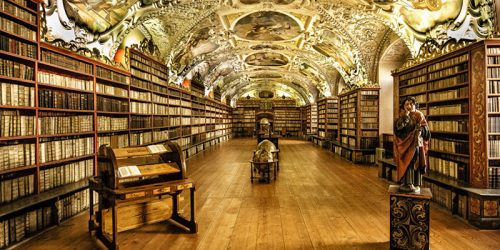 "10 of the Massimo Listri's ""The World's Most Beautiful Libraries"""
